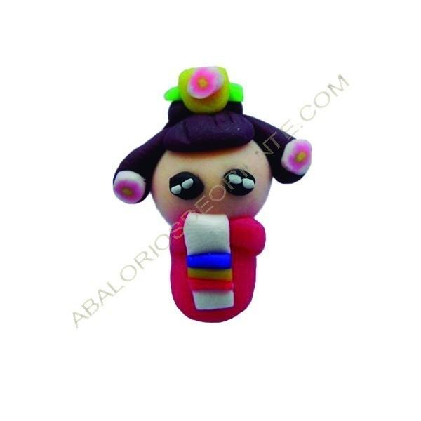 Figuritas de FIMO muñeca japonesa