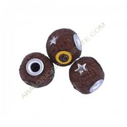 Bola de Indonesia marrón con incrustaciones
