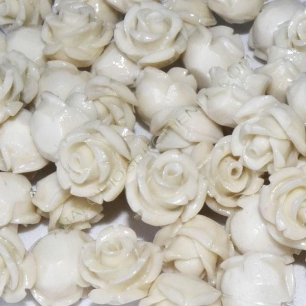 Flor resina marfil pequeña