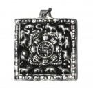 Colgante tibetano calendario cuadrado plateado