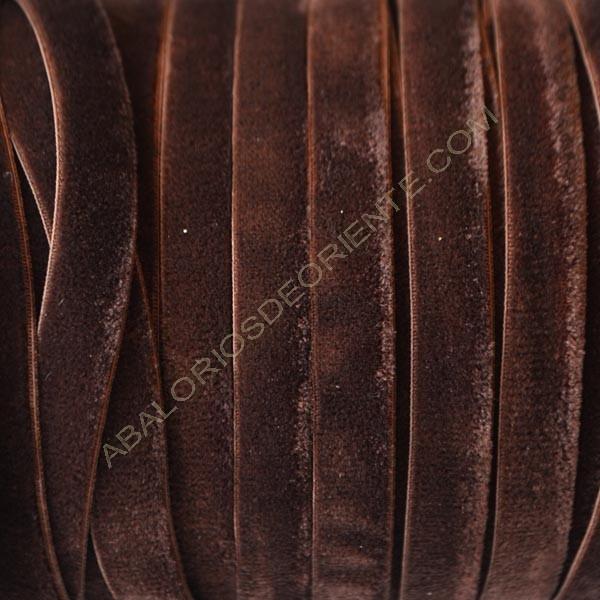 Cinta de terciopelo elástico marrón