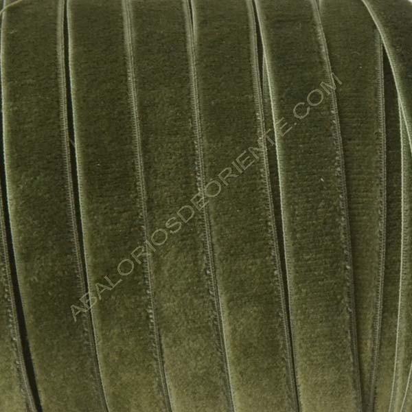 Cinta de terciopelo elástico verde oscuro