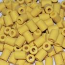 Cuenta acrílica tubo amarillo 14 x 11 x 11 mm