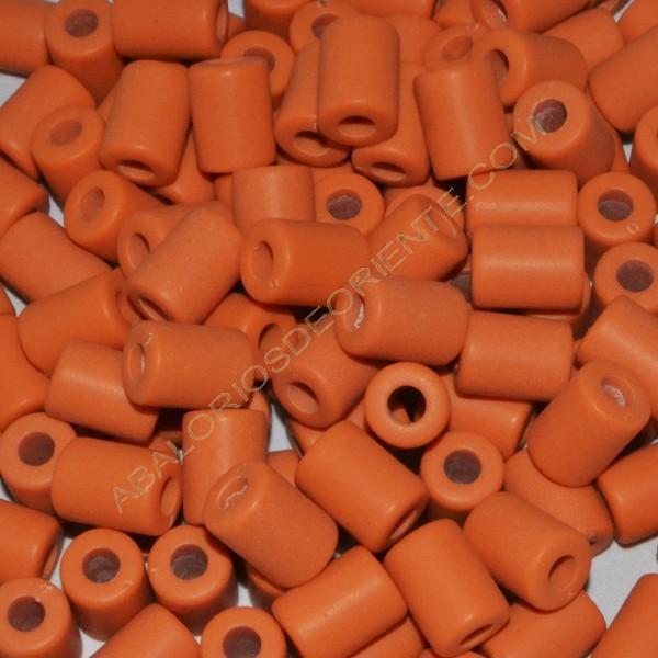 Cuenta acrílica tubo naranja 14 x 11 x 11 mm