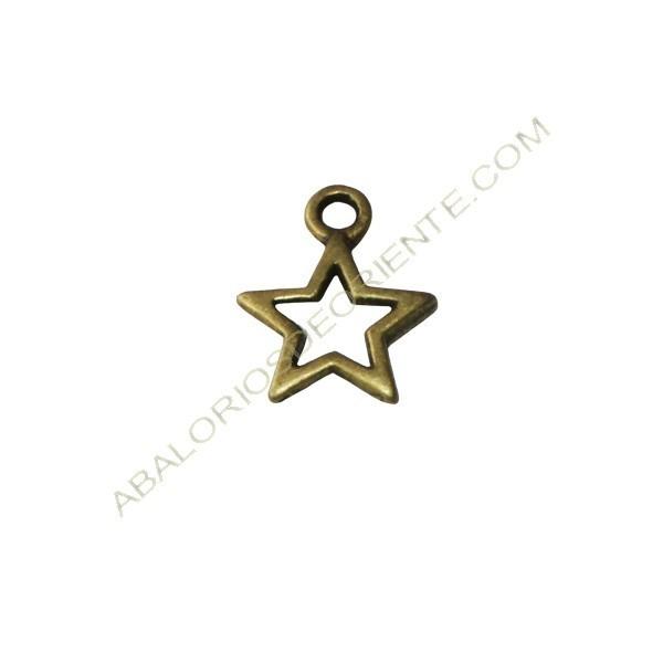 Colgante de Zamak estrella hueca bronce de 12 x 10 x 1,5 mm
