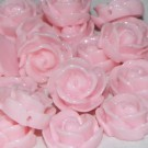 Flor resina rosa 13 x 6 mm