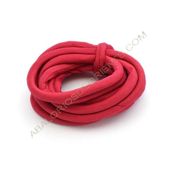 Cordón de seda natural india relleno 8 mm rojo de 2 metros
