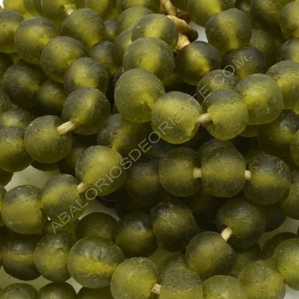 Cuenta de vidrio reciclado tonel verde oliva 12 x 14 x 14mm