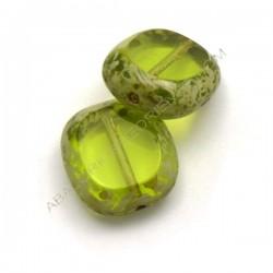 Cuenta de cristal de Bohemia rectangular plana verde 17 x 15 mm