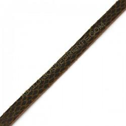Cuero plano imitación serpiente marrón
