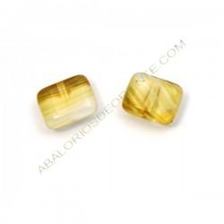 Cuenta de cristal de Bohemia rectangular plana marfil y ámbar 8 x 10 mm