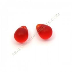 Gota de cristal de Bohemia roja mate 13 x 10 mm