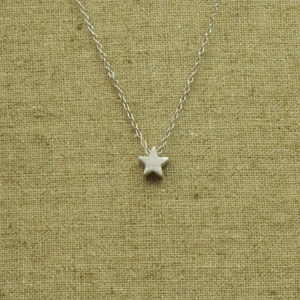 edf16f5bbb35 Cadena de plata 925 con estrella - Collares de plata