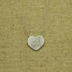 Cadena de plata 925 con corazón rayado