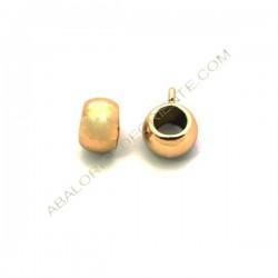 Entrepieza de aleación de Zinc bola achatada asimétrica con anilla chapada en oro