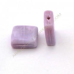 Cuenta de cristal de Murano cuadrada plana lila opaca