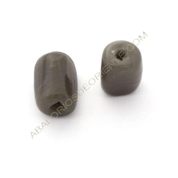 Cuenta de cristal de Murano cilindro cortado tres caras gris 21 x 15 x 15 mm