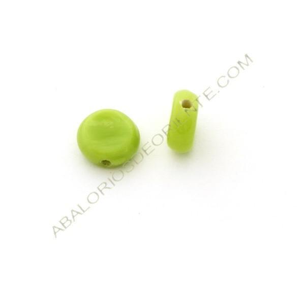 Cuenta de cristal de Murano redonda plana mate verde 11 x 11 x 5 mm