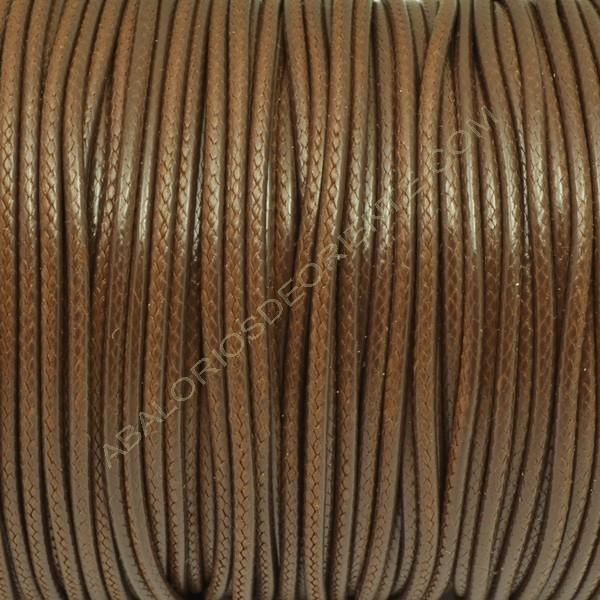 Algodón encerado brillante 1,4 mm marrón medio