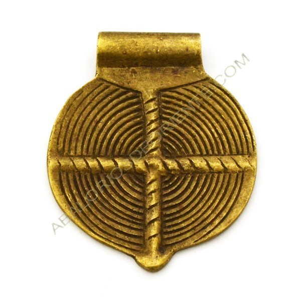 Colgante de bronce redondo espiral 57 x 47 x 7 mm
