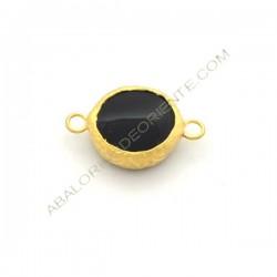 Entrepieza conectora redonda dorada de Ónix de 15 mm negro