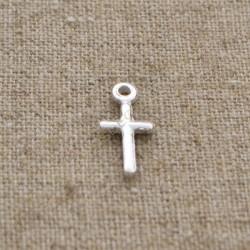 Charm de plata 925 cruz 10 mm