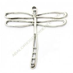 Colgante de metal libélula plateada