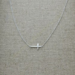 Cadena de plata 925 con cruz transversal de 13 x 8 mm