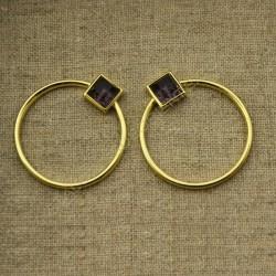 Pendientes de plata 925 chapados en oro con aro de 27 mm y amatista cuadrada de 7 mm