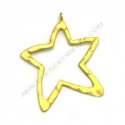 Colgante de aleación de Zinc silueta estrella dorado mate