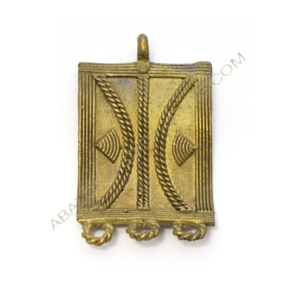 Colgante de bronce 7. 54 x 33 x 7 mm