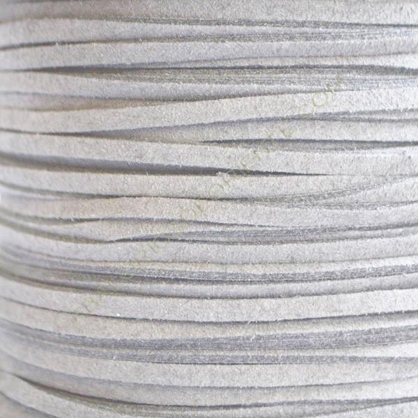Cordón de antelina gris claro 3 x 1.5 mm