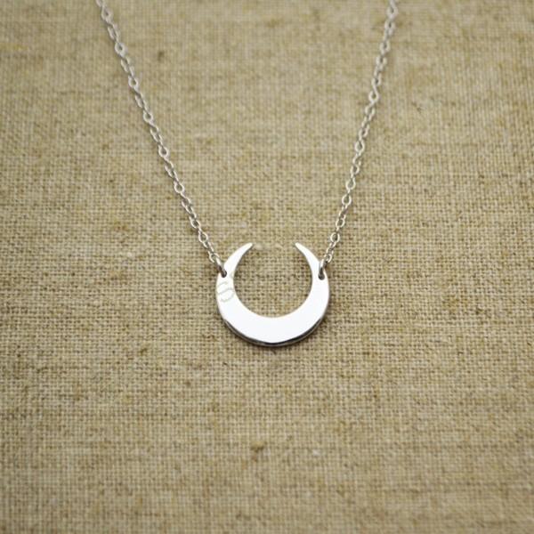 6fe148f9b080 Cadena de plata 925 luna de 14 mm. Loading zoom