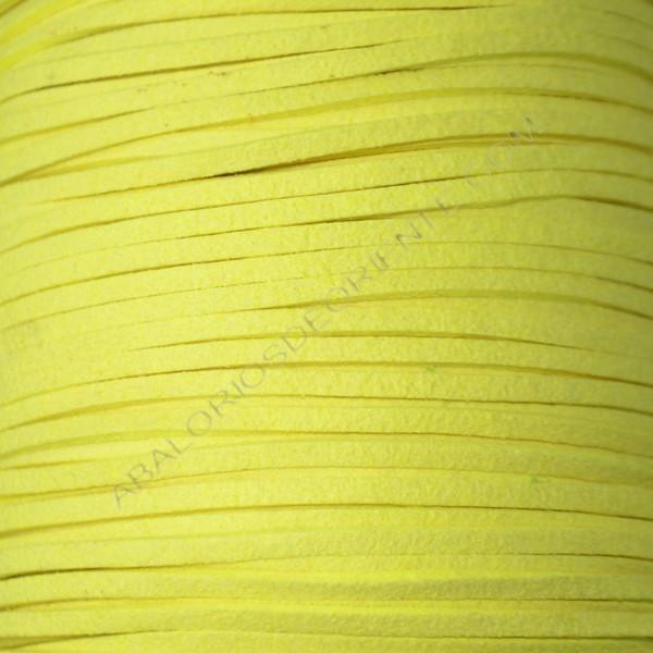 Cordón de antelina amarillo flúor 3 x 1.5 mm