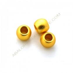 Entrepieza bola achatada de metal dorado mate 8 x 9,5 mm