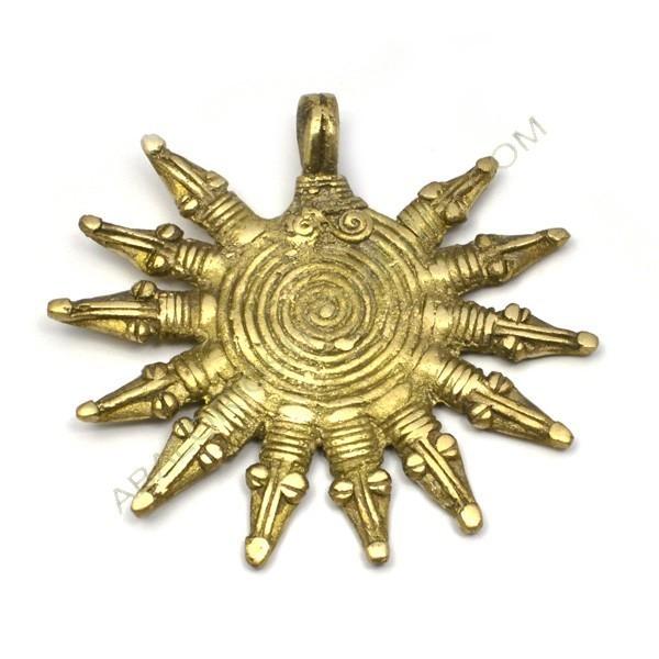 Colgante de bronce 21 sol