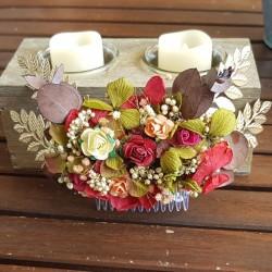Peineta flores papel y aplique hojas