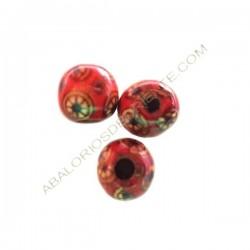 Cuenta de madera bola roja decorada 13 mm