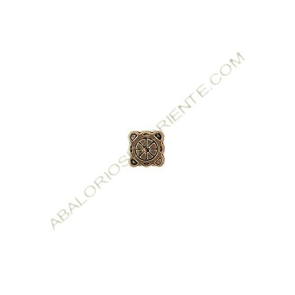 Pasador de metal cuadrado 10 x 10 mm dorado