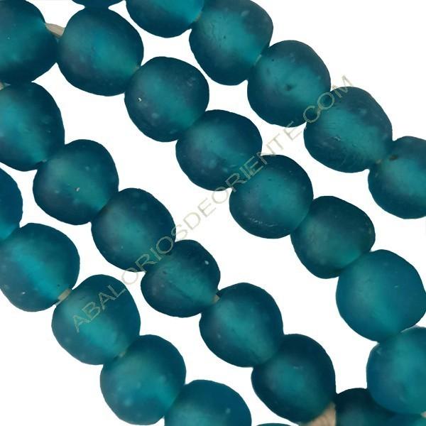 Cuenta de vidrio reciclado tonel azul turquesa 16-17 x 18 x 18 mm