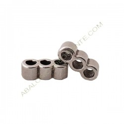 Entrepieza de aleación de Zinc tres agujeros 5 x 13 mm plateada