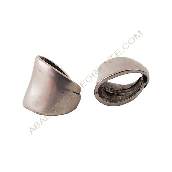 Entrepieza aleación Zinc anilla irregular, 17 x 15 mm plateada