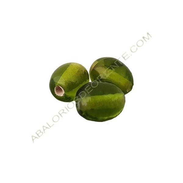 Cuenta oval india verde oliva de 11 x 9 mm