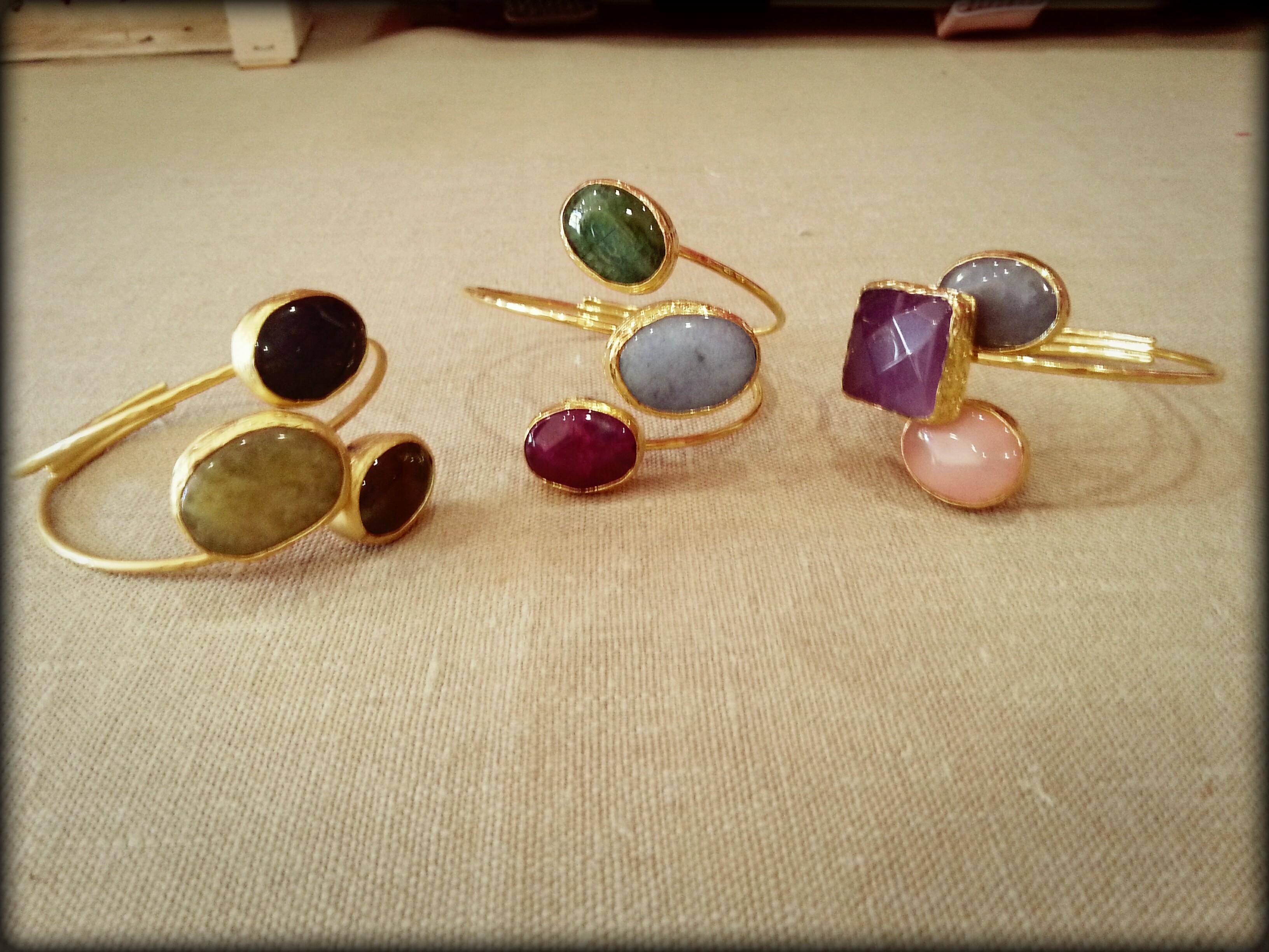 Brazalete turco tres piedras
