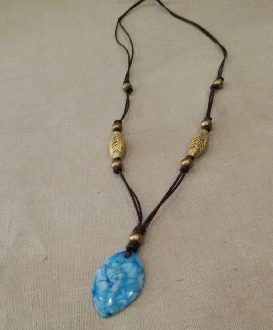 Collar africano con agata